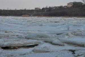 Лід може спричинити проблеми